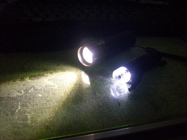 【簡單開箱】CREE Q5 魚眼手電筒,充電手電筒