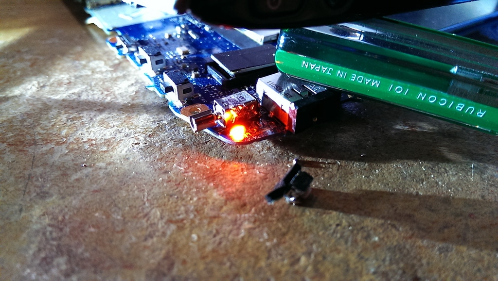 【Acer平板】第一次修理平版電腦(Acer A500) 就悲劇收場